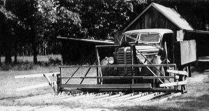A buckrake on the 1940 Diamond T Model 201 truck